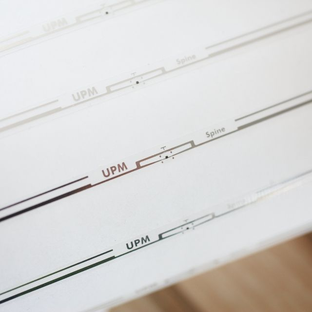 Bluhm Legi-Air Spine Tag RFID-Druckspender