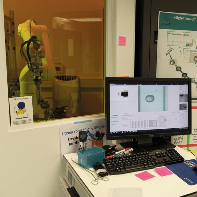 HF RFID for Identification of Crystalline Samples at EMBL
