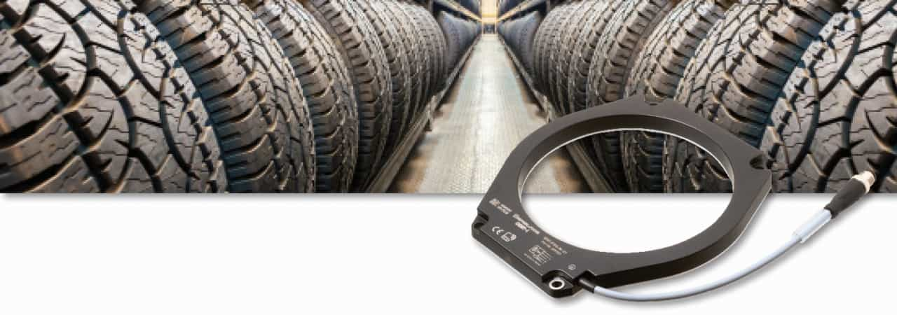 Pepperl+Fuchs developed a ring-shaped HF read / write head in order to track and trace pre-products in tyre manufacturing. (Picture: Pepperl+Fuchs)