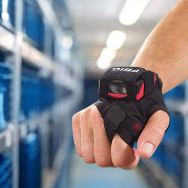 Barcode Scanning with the New Wearable Hywear Compact XT