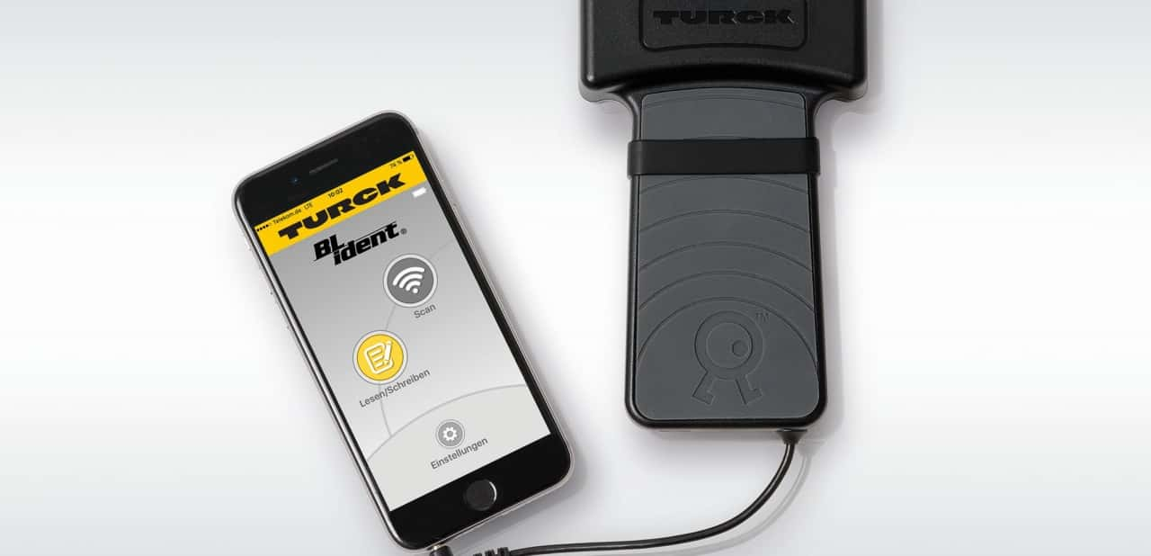 Turck Presents UHF Handheld With Smartphone Connection